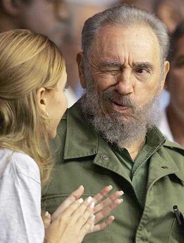 Haitou Image Fight - Página 2 Fidel-castro-wink1
